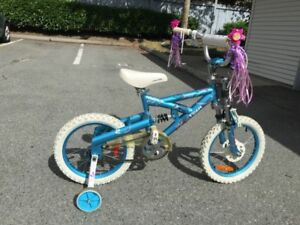 girl bicycle for sale in very good condition