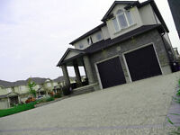Executive 4/4 home in Golf course community FOR SALE! L@@K!