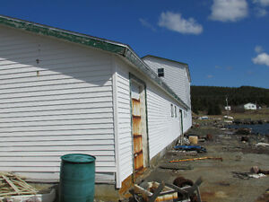 200 FT OCEANFRONT PROPERTY..COLLIERS, OPPORTUNITY KNOCKS! St. John's Newfoundland image 5