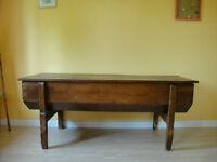 coffre (maie) ou table basse antiquité