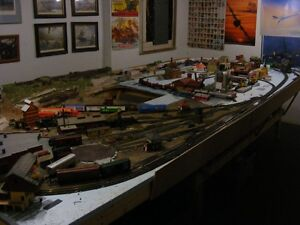 HO Scale Train Layout