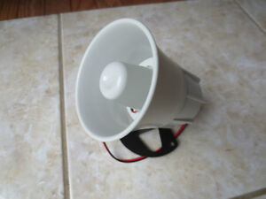 DSC, SD-20WS Electronic Home Alarm Siren  •	Made by DSC •	Model