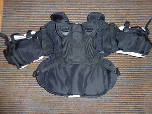 McKenney Pro Spec 370 Chest Protector Size Junior Small Strathcona County Edmonton Area image 2