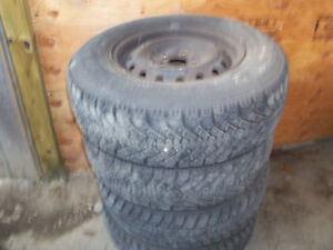 Two set of winter tires with 4 rim in to one set of p205-75R14 London Ontario image 1