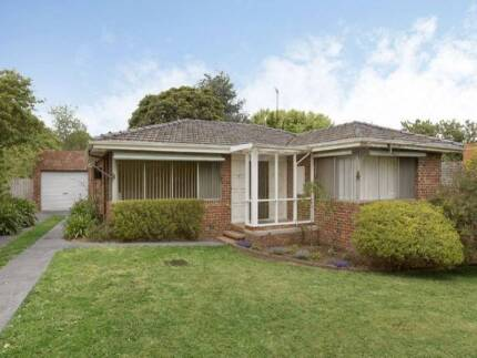 House for Sale @ Notting Hill Melbourne Region Preview
