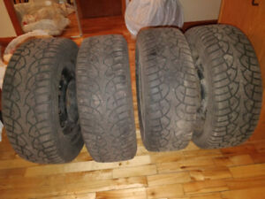 4 PNEUS HIVER-Point S Winterstar ST [215/55 R 16]-4 WINTER TIRES