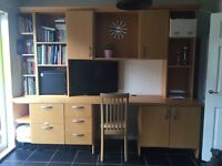 Large Desk / workstation for home or office. Lots of storage drawers and cupboards for filing etc