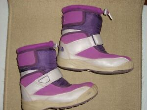 Girl's The North Face 2 Tone Purple Winter Boots Size 13 Kitchener / Waterloo Kitchener Area image 2