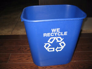Rubbermaid Blue Recycling Bin