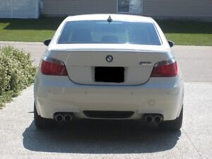 2006 BMW M5 black out Sedan