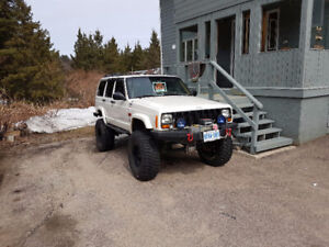 Lifted and built 1999 Jeep Cherokee XJ