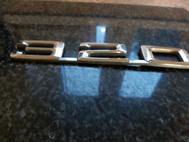 BMW 320 badge