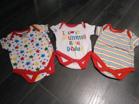 Newborn /0-3 unisex babygrow sets bundle
