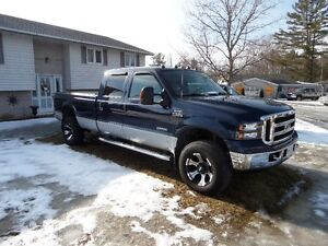 2004 Ford F-350 SUPER DUTY LARIAT CREW CAB LONG BOX 4X4 DEISEL