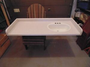USED LAMINATE COUNTERTOP WITH SINK