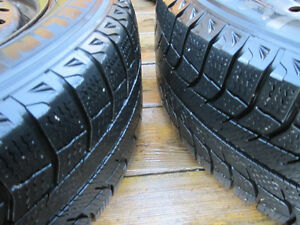 Four Michelin X-Ice winter tires on rims - 205/65R15 Kitchener / Waterloo Kitchener Area image 3