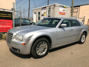 2009 CHRYSLER 300 TOURING RDITION HAS 180771 KMS ALLOY WHEELS
