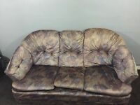3seater safa and 2 arm chairs for sale 90£