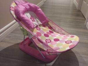 Siège de bain pour bébé rose