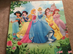 Diego chair and foam floor princess puzzle