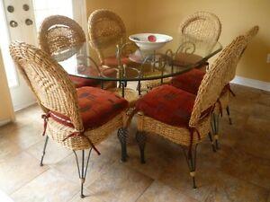 Palma Brava table & chairs