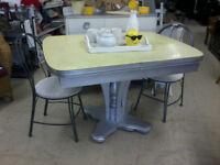 Yellow Retro Dinner Table w\ Aluminum\Chrome Pedestal Base P135