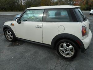 2007 MINI Mini Cooper  Coupe (2 door)