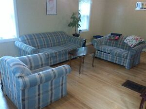 Sublet 4 BEDROOM HOUSE 1 MINUTE FROM UNB