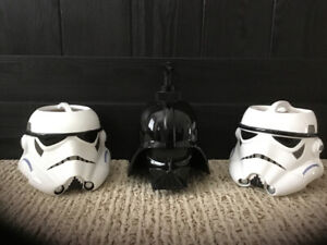 Star Wars collectible soap dispenser and 2 toothbrush holders.
