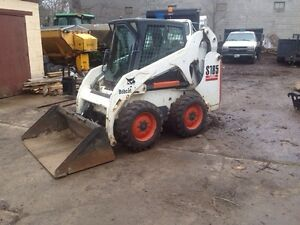 Bobcat S185 with Snow Pusher