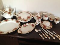 Old Country Roses Made in England Royal Albert Bone China