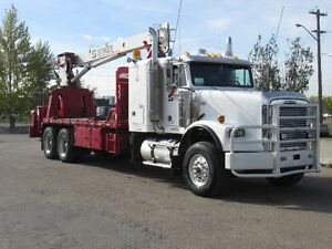 2006 Freightliner crane truck - way below wholesale!