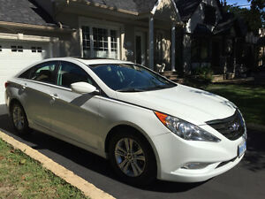 2011 HYUNDAI SONATA LIMITED SE -2 sets tires/rims - LIKE NEW