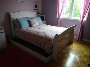 Lit Double style traîneau / Double Sleigh Bed and Mattress $175