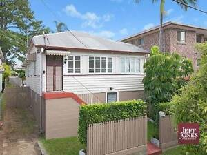 Greenslopes room (includes utilities and internet) Greenslopes Brisbane South West Preview