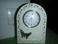 Pendule en ceramique <<< Seagull Pewter >>> Ceramic Mantle Clock