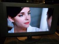 TV LG LCD 32 po HDMI compatible Grise 230$ (245 livrée)