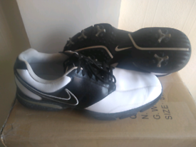 Nike Golf Shoes Size 9 UK Black and White Rarely Used