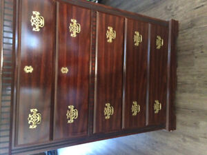 Old dresser great condition $100.00