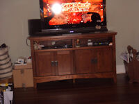 TV Unit - Solid Wood - Lots of storage!