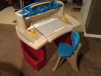 Step 2 - Deluxe Art Master Desk with Chair