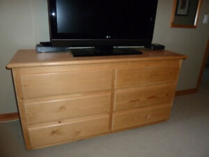 Solid Wood Chest of Drawers/Beside Table