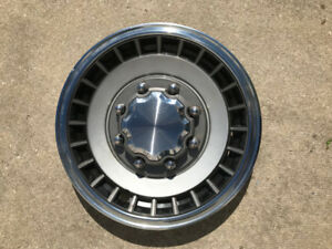 Ford Bronco and Ranger Hubcaps