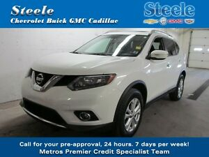 2014 Nissan ROGUE SV AWD Panoramic Roof & Alloys !!!