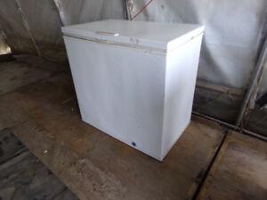 Congélateur qui peut servir de frigo