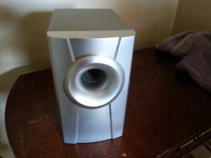 SMALL   6   OHM   SUBWOOFER