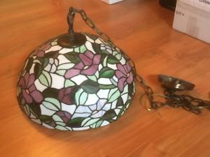 Lampe suspendue style Tiffany pour cuisine et salle à manger