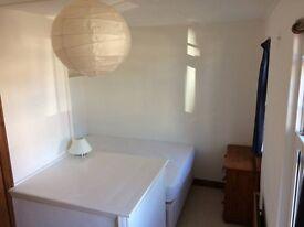 Nice Single Room, Florence Park, Cowley