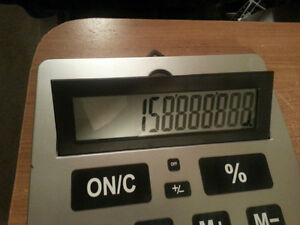 super HUGE calculator works perfect so clear its amazing!!!! London Ontario image 5