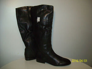 BOOTS- WOMEN'S  NEW ALL-SEASON LEATHER BOOTS Size 12